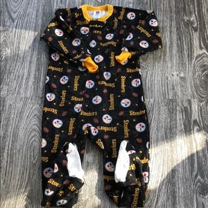 Pittsburgh Steelers 3T footed pajamas